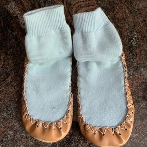 Hanna Andersson Moccasins, Blue color, size 10-12